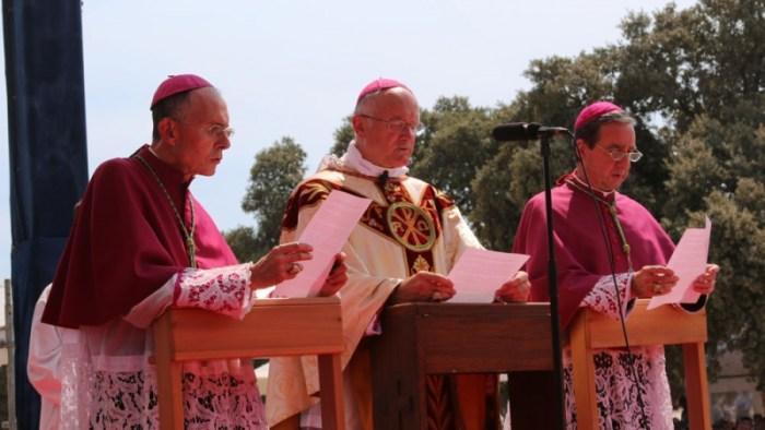 Nel centenario di Fatima, i vescovi FSSPX hanno consacrato la Russia al Cuore Immacolato di Maria