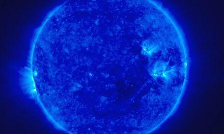 [VIDEO] Bellissimo: Terra, Giove, Sole e stelle a confronto