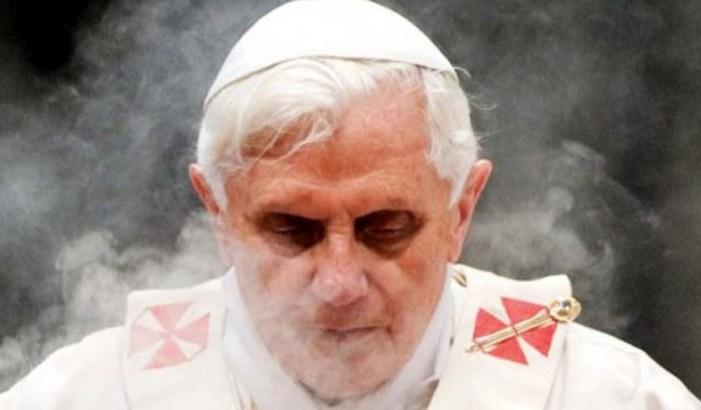 Benedetto XVI: una rivoluzione interrotta?