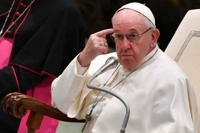 Papa Francesco sul Congresso delle Famiglie di Verona: bene la sostanza, metodo sbagliato