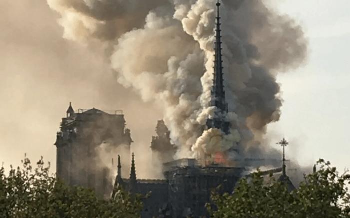 [ULTIM'ORA] Notre Dame a fuoco!