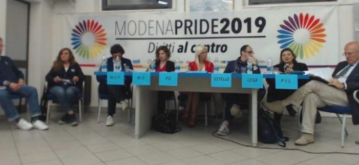 Modena: tutti i candidati sindaco al tavolo del pride e i cattolici si preparano alla processione riparatoria