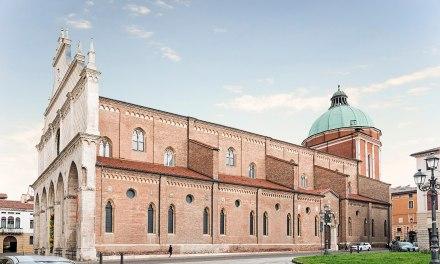 """Si ripete il """"modello Modena"""": anche a Vicenza la curia tentenna di fronte al Pride. Comitato pronto alla processione"""