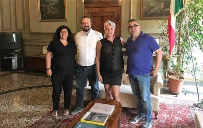 Il neosindaco leghista di Ferrara? Inaugura il gay pride e offre rassicurazioni ad Arcigay su agenda attività