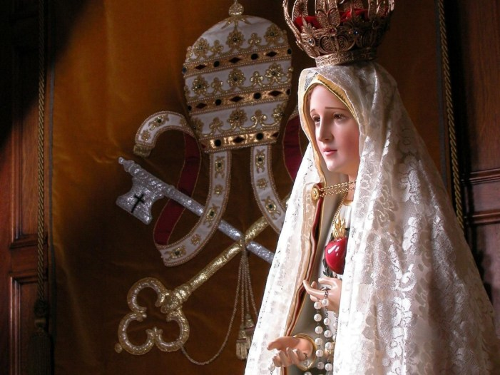 """""""Gesù vuole stabilire nel mondo la devozione al mio Cuore Immacolato"""". La seconda apparizione di Nostra Signora di Fatima"""