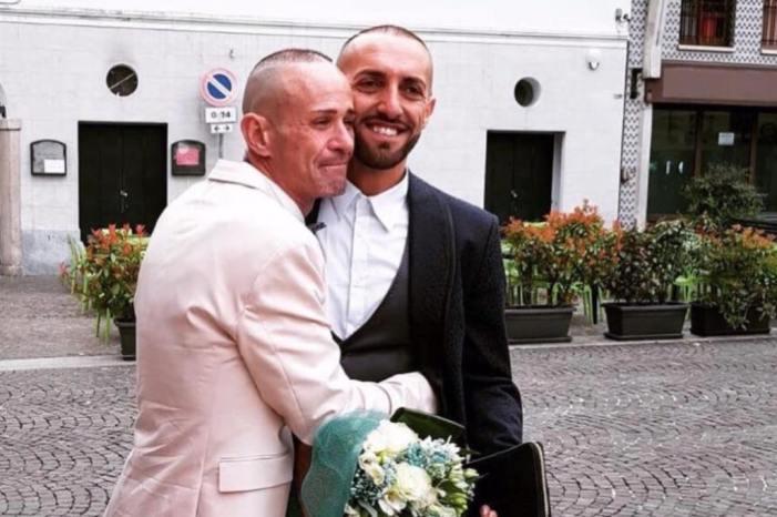 """Novara: il consigliere leghista gay neo sposo: """"Le unioni civili? Sono giuste, per questo l'ho fatta con il mio amore"""""""