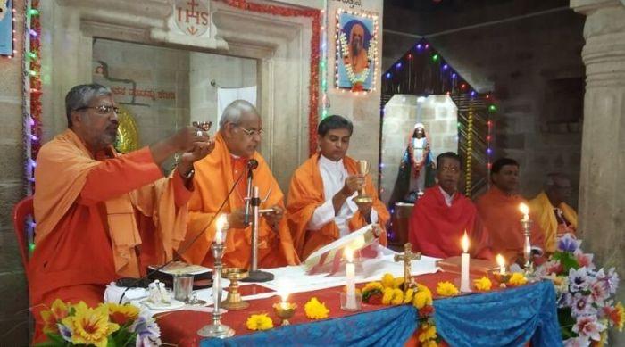 La messa indù, ultima trovata dell'inculturazione sincretista
