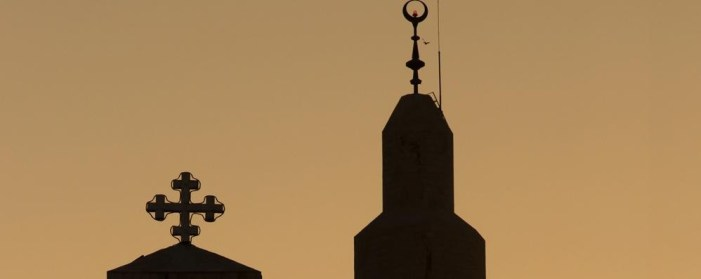 Primo imam a laurearsi in Sacra Teologia. Studi pagati dalla Curia Fiorentina