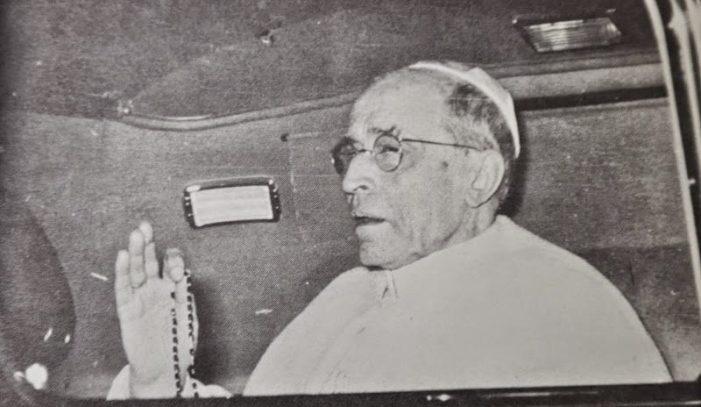 """Pio XII: """"Il Rosario è come la fionda di Davide contro il nemico infernale"""""""