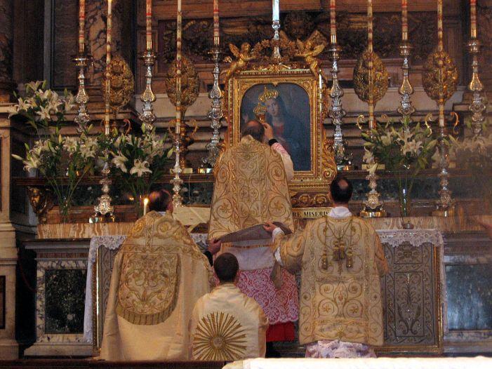 L'inarrestabile espansione del culto secondo la Liturgia di sempre. Dati sulla Messa Tridentina per riflettere: