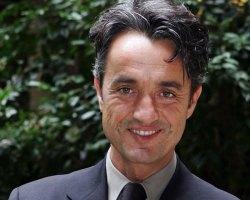 Lunedì 7 NOVEMBRE Giulio BASE ospite a POLTRONISSIMA