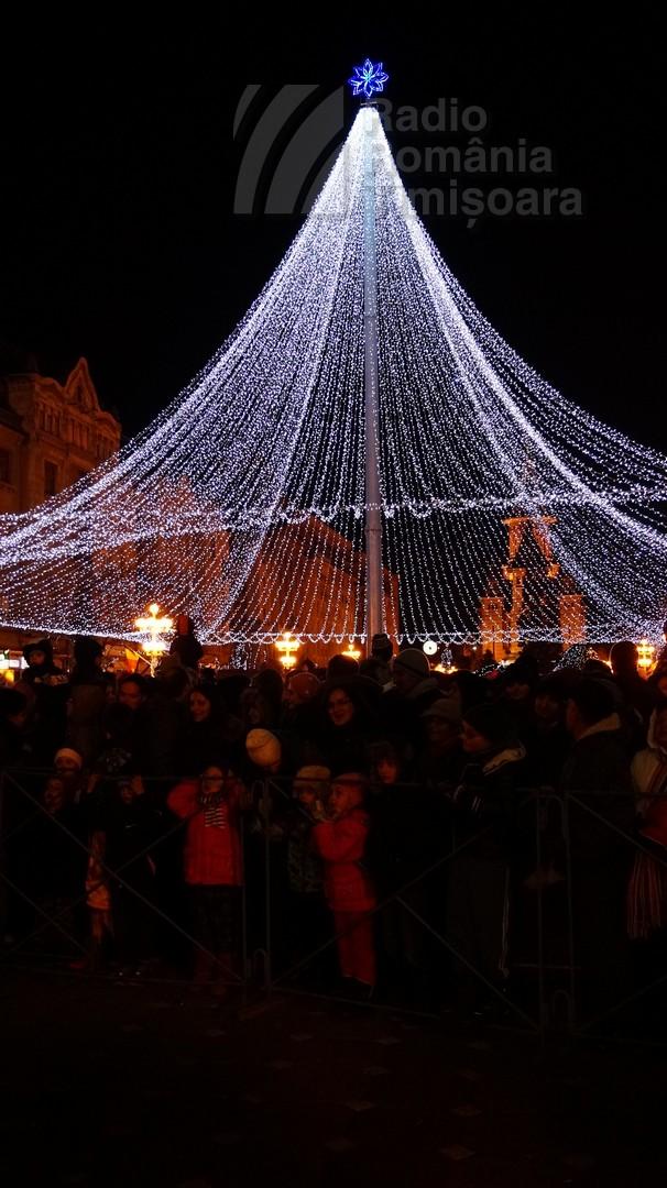 141221 _174634_Santa Klaus adus de Piti-Show la Timisoara_DSC00829