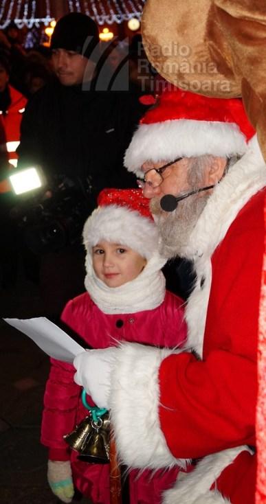 141221 _180524_Santa Klaus adus de Piti-Show la Timisoara_DSC00851