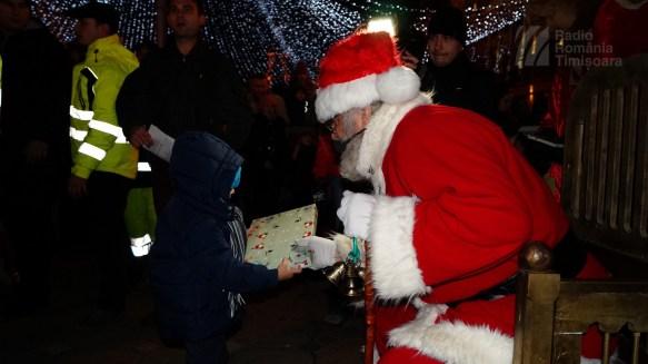 141221 _180900_Santa Klaus adus de Piti-Show la Timisoara_DSC00867