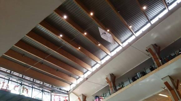 echilibristica la Iulius Mall highline Flaviu Cernescu si George Ciprian Lungu iulie 2015 (19)