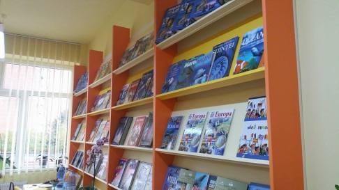 biblioteca scoala 19 Tm (6)