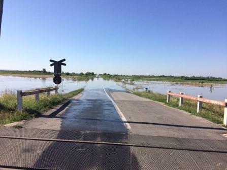 drum judetean 592b cheveres vucova inundat (3)