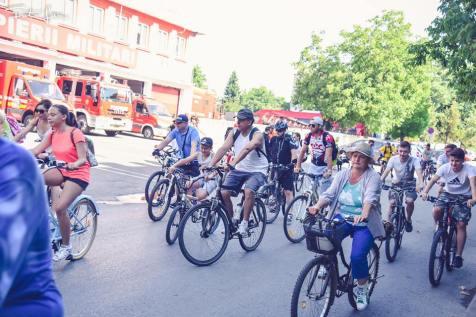 pe biciclete voluntariat (4)
