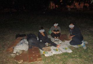 migranti in parcurile din Timisoara (3)