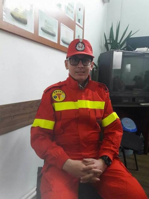 primul voluntar pe ambulanta SMURD Arad (1)