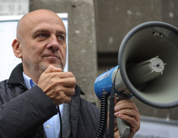 protest bns Dumitru Costin 12