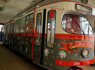tramvai mos Craciun Arad 2