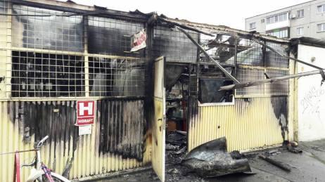 incendiu piata arad 5