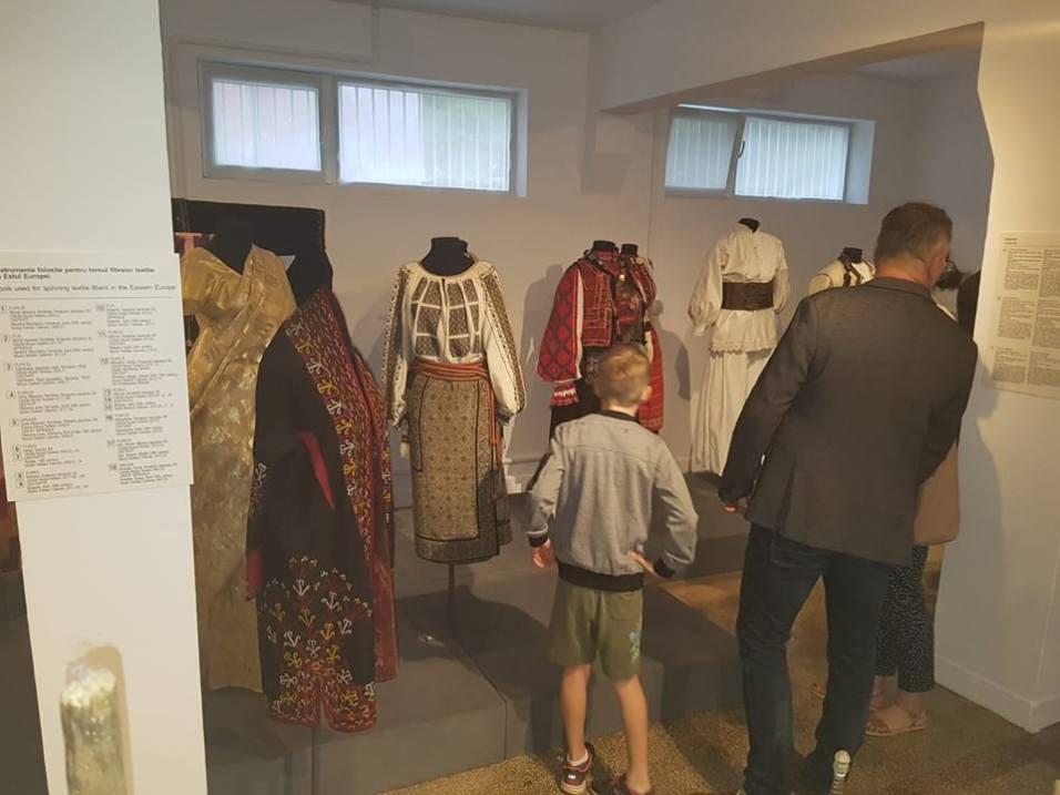 muzeul textilelor baita 4