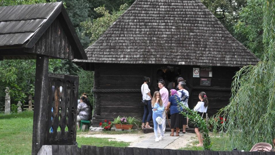biserica Muzeul Satului Banatean Sfanta Maria Mare (9)