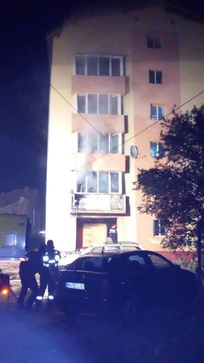 incendiu bloc complexul studentesc (1)