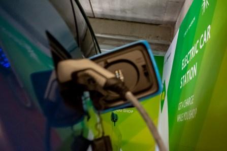 statie incarcare masini electrice openville (2)
