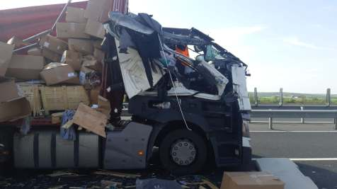 accident camioane autostrada 3