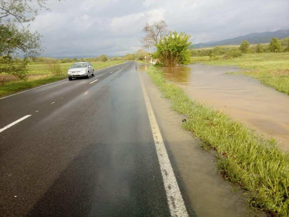 drum inundat DN 68 Obreja CS Foto DRDP