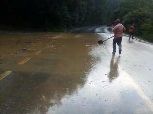 inundatii DN 7 Varadia de Mures