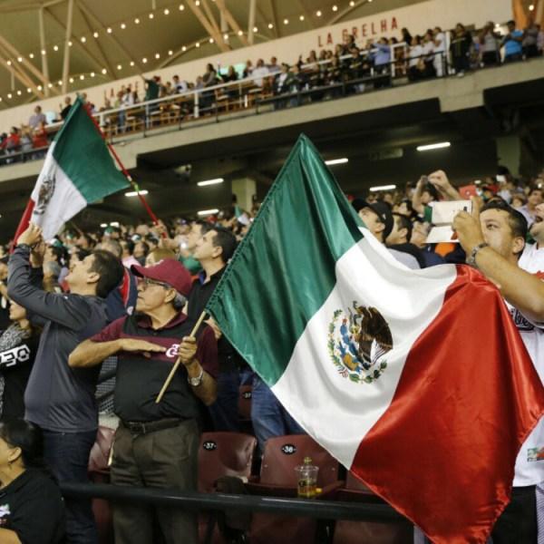 México gana en juego inaugural