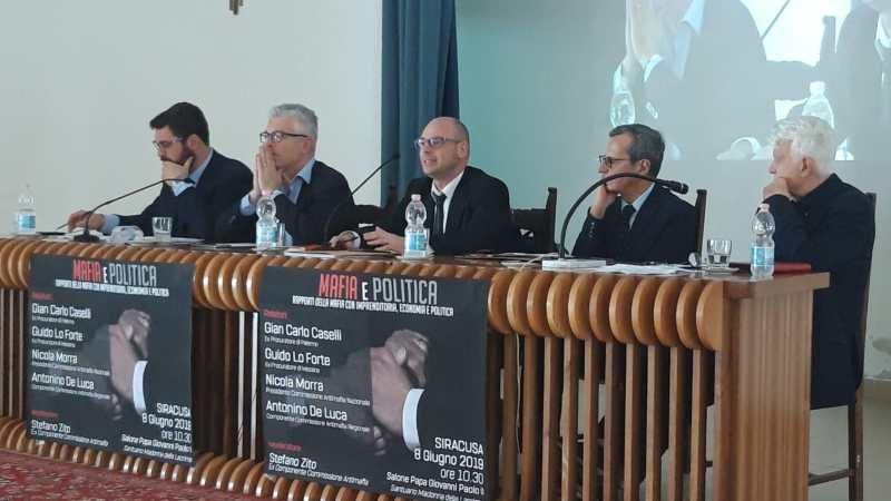 "Siracusa, ""Mafia e Politica"" un convegno con Nicola Morra, Gian Carlo Caselli, Guido Lo Forte e Antonino De Luca"