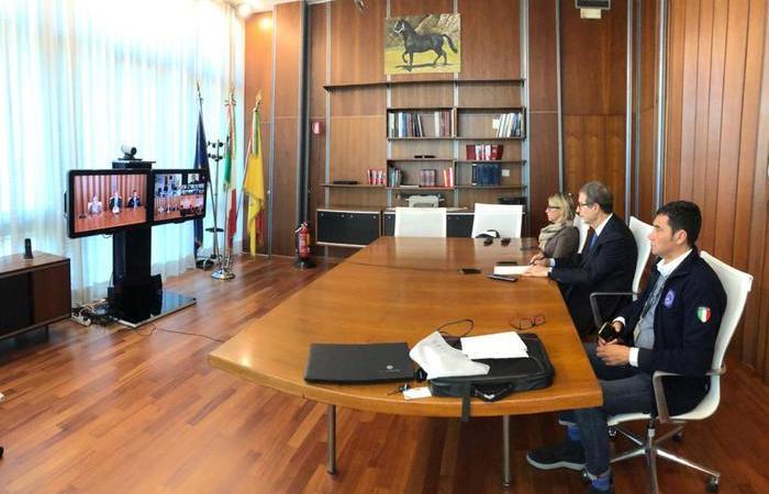 Palermo, Nuova ordinanza del presidente Nello Musumeci: stretta sui locali ed i migranti