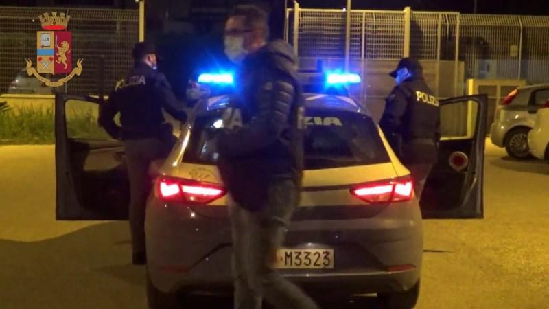 Avola, la Polizia segnala un giovane per uso di droga