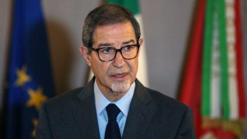 Palermo, Il Presidente della Regione Nello Musumeci firma l'ordinanza per avviare la Fase3