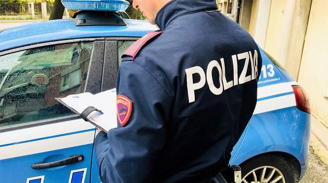 SIRACUSA, CONTROLLI ANTIDROGA: LA POLIZIA SEQUESTRA DELLO STUPEFACENTE -  Radio Una Voce Vicina