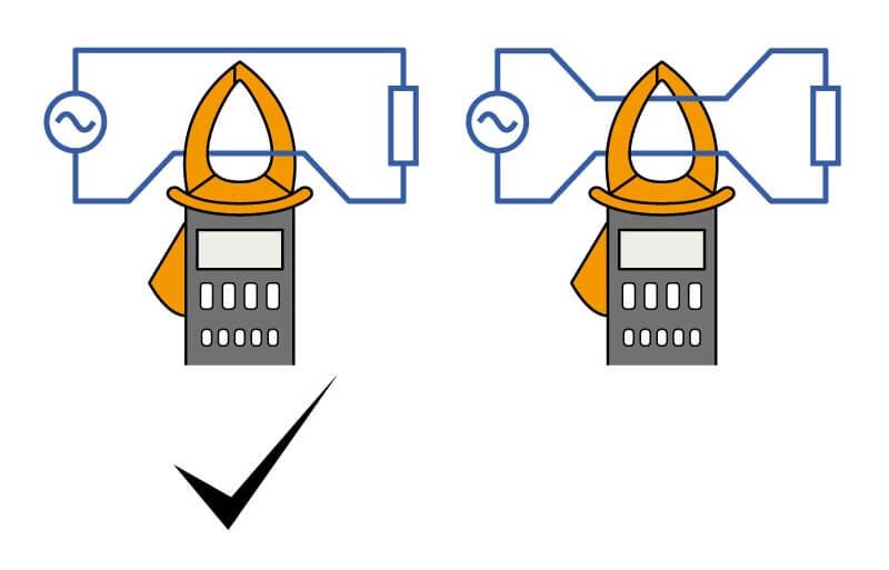 mengukur arus menggunakan clamp meter atau tang amper