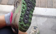I like to brush the dirt off my #altra #zerodrop cos OCB +_+ #running #trails #injinji