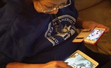 This is how mum plays FarmVille 2: Country Escape. xD #iOS