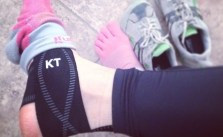Leg ok after abt 3wks rest. 6.2mi done w/ @KTTape for good measure. #lamarathon #training #altra #zerodrop #injinji