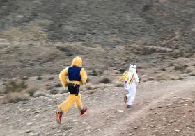 Run like you stole @feet2feat's eggs 🤣 Thanks for the photo #PrettySteve #Repost @ultramassey・・・Seen on my run . Halloween themed Monday night group run. [instagram]