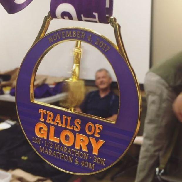 Packet pickup for tomorroz #TrailsOfGlory marathon! Dat spinner bling #trailjunkie