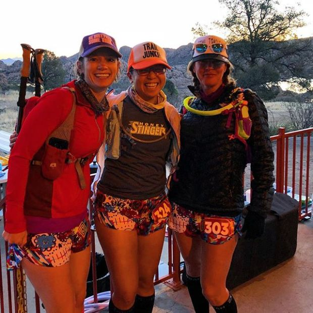 Waiting for the shuttle with these ladies... We matchy our drafty #boa shorts at #whiskeybasin57k