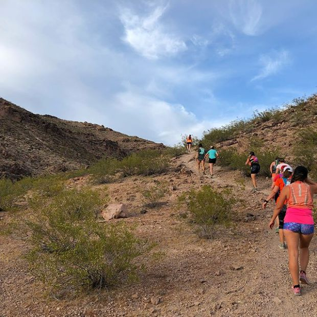 A special Monday Night trail run hosted by our Henderson friends! We all drove across town to enjoy the caves trail and each others' company afterwards... ok, we took booty short photos lol.