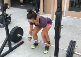 When you deadlift once a year, you start from scratch *every time* lol. Still, I was able to hit 115lbs! Thanks @rebeccarunstrails for capturing my facial expressions [instagram]