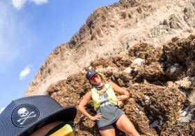 Is it really a long run if you don't take selfies? What if you take some selfies and a freaky panoramic? 🤣 Fun on the trails with @wining__runner — SWIPE TO THE LAST FEW PHOTOS #baseperformance #teamultra #michelobultra #beyondvegas#flofactoryteam #hshive #teamrivs #nottoday [instagram]